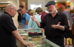 Dave Cheadle making his pitch to Pawn Stars celebrity Rick Harrison.